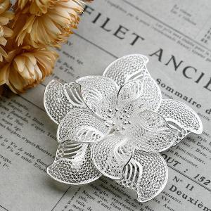フィリグリー 花 ブローチペンダント 美しい手仕事の繊細な銀線細工 ジョグジャカルタ メール便不可