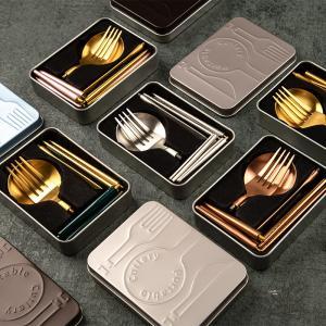 クチポール風 カトラリー基本4本(スプーン フォーク ナイフ 小スプーン) ブラックシルバー cutipol風 北欧 cesa beams 結婚祝い 食器