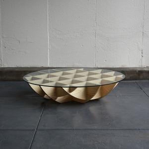 ガラス天板のローテーブル イソラ | isola low table  walnut・ash || AJIM|les