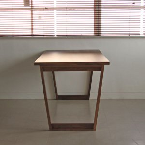 <ウォールナット>木製ダイニングテーブル アウル | OWL    北欧 ミッドセンチュリー カフェ|les|04