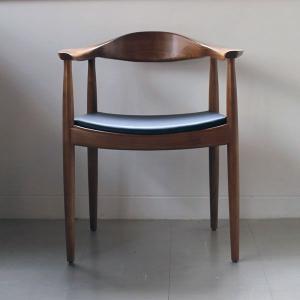 ハンス・ウェグナーの ザ チェア |  The Chair || リプロダクト家具|les
