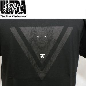 黒BODYの胸に大きく豪鬼、背中にSTREET FIGHTER30thのロゴをプリントした記念Tシャ...