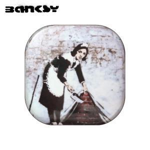 "BANKSY / バンクシー・・・""""イギリスを中心に活動する覆面芸術家""""街中の壁にステンシル(型..."