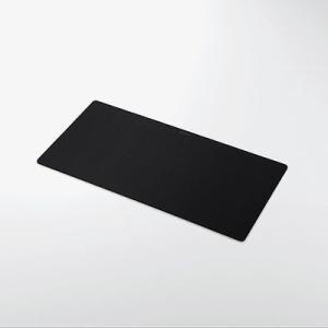 ●マウスだけでなく、ノートパソコンやキーボードを置くスペースを確保した大きなマウスパッドです。