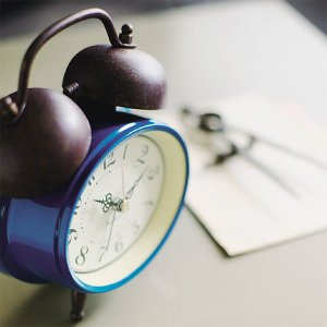 目覚し時計 目覚まし時計 置き時計 置時計 TROTZ lifeplus