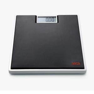 重量1.5kgと非常に軽く、なおかつ耐久性にも優れています。 28mmの大きく読み取りやすいLCDデ...