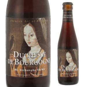 オーク樽で熟成させた18ヶ月と8ヶ月、2種類のビールをブレンドすることで、ブラックチェリーやパッショ...