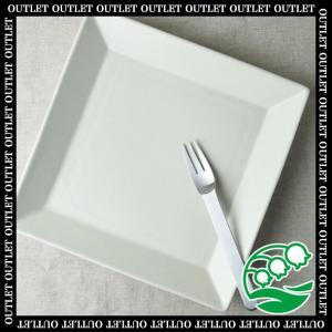 パスタ皿 おしゃれ 北欧 洋食器 美濃焼 アウトレット 24cm四角い大皿 白マット スズラン|lilly2016