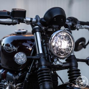 Triumph Bobber Black・SPEED MASTER用 Adaptiv LEDヘッドライト コンバージョンキット|lirica-store