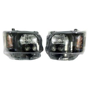 SoulMates 200系ハイエース(1・2・3型用) カスタム用LEDヘッドライト 4型ルック ブラック(艶)枠塗装タイプ GTH-005|little-trees