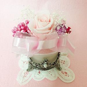 アンティークなガラスの花器のプリザーブドフラワーの贈り物ミルフィーユ、プレゼント /誕生日/母の日/記念日/送料無料 lpm0008 イメージ1