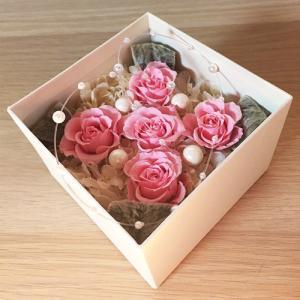 プリザーブドフラワーのフラワーボックスピンクインテリアとして贈り物/プレゼント/送料無料 lpm0016 イメージ2