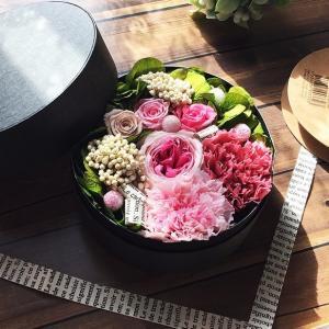 花束に愛を込めてフラワーBOXの贈り物♪ lpm0077 イメージ1