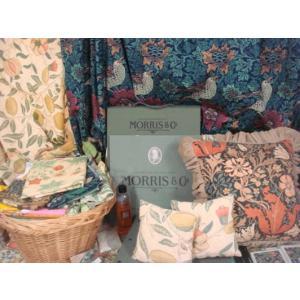 ウィリアム・モリス /カーテン生地 ウィリアムモリス William Morris 1巾(横幅W約137cm)30cm以上、縦10cm単位生地カット販売