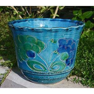 イタリア・トスカーナ近郊にある有名な陶器工房から直輸入された、高級感あるプランター(鉢カバー)です。...