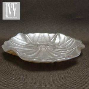 IVV イタリア製 ガラスプレート 皿 MAGNOLIA(マグノリア)22cm パールアイボリー|livingts
