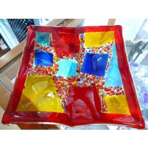 ガラス皿 イタリアのデザイナーが手がけたハンドメイドアートプレート 手作りプレート ハンドメイド 選べる6種類 14cm×14cm|livingts|03
