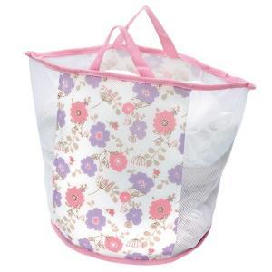 ランドリーバッグ、洗濯ネット、洗濯かごの3つが1つになった便利なネットです。厚手のクッションネットが...