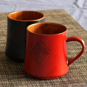 マグカップ くつろぎ 200ml 木製 漆 ティーカップ 天然木 食器 ( コップ マグ カップ コーヒーカップ 木 漆塗り 木目 ) livingut