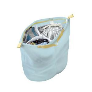 3層メッシュのハリ・クッション性のある生地で大切な衣類を守ります。洗濯物を入れると自立し、3つに分け...