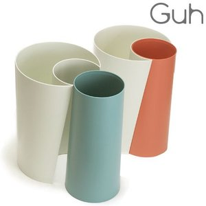 C型の容器がO型の容器を「HUG」(抱きしめた)した形の愛らしいダストボックスです。組み合わせても別...
