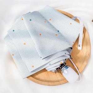 【商品コード】:LKS009 【商品名】:折り畳み傘 日傘 雨傘 【生地】:ポリエステル 【中棒】:...