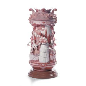 Lladro (リヤドロ) 花瓶 ベース リデコ 女性     「淑女の庭(花瓶・レッド・RE-DECO) #7032」|lladro-daisuki