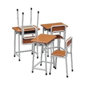 ハセガワ  1/12可動フィギア用アクセサリー  学校の机と椅子【FA01】 llhat