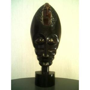 ※完売いたしました。ありがとうございました。・・・アフリカ彫刻立像仮面「友情」/頭顔置物マスク/オブジェ木彫 直接契約 テレビ台やラックの上に! local-tokitoki
