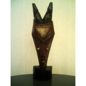 アフリカ彫刻立像仮面「愛情」/頭顔置物マスク/オブジェ木彫 直接契約 テレビ台やラックの上に! local-tokitoki