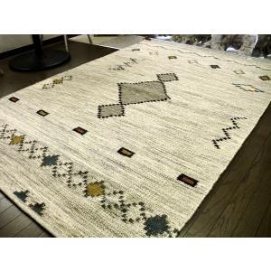 トラッドなギャッベ模様 キリム 房付 ラグ 140×200 約 1.5畳 ラグマット 厚手 北欧 カーペット 絨毯 ギャベ ギャッベ ♯2|local-tokitoki