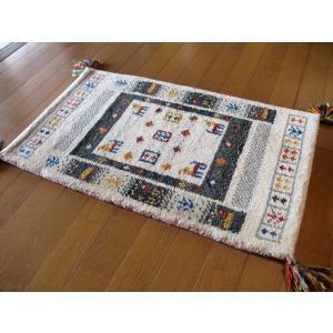 ラグマット ウール WOOL 全厚最大約20mm 生成り アイボリー インド手織りギャッベ 45×75 玄関マット ギャベ ギャッベ ラグ カーペット|local-tokitoki