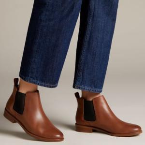 【ブランド商品番号】26118631 Brown / 【ブランド名】Clarks / 【色】ブラウン...