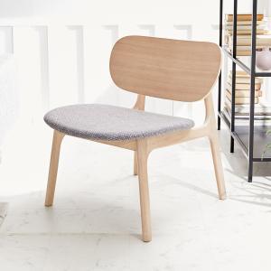 ラウンジチェア おしゃれ 椅子 パーソナルチェア ローチェア リビング イス いす チェア 天然木 木製 ファブリック 布 北欧風 ロウヤ LOWYAの写真