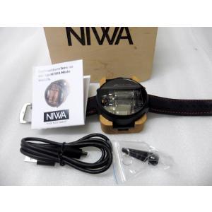 世界初のUSB給電可能なニキシー管腕時計(ブラックラバーレッドステッチ)|ltandpjapan
