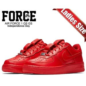 separation shoes 4cbff feb24 ナイキ エアフォース 1 ガールズ NIKE AIR FORCE 1 QS(GS) INDEPENDENCE DAY university  red/university red ar0688-600 ウィメンズ レディース スニーカー