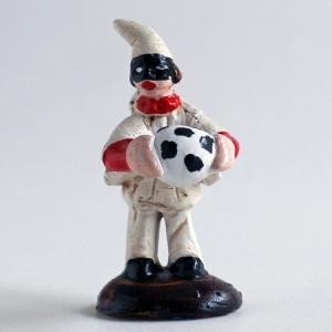 ナポリの幸運のお守り!サッカーボールを持つプルチネッラ|lucania-arti