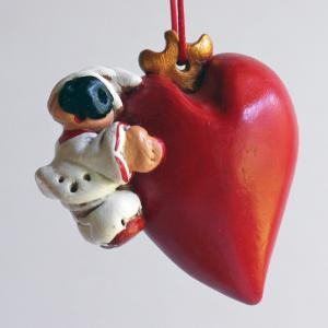 ナポリの幸運のお守り!ハートを抱いたプルチネッラの人形|lucania-arti