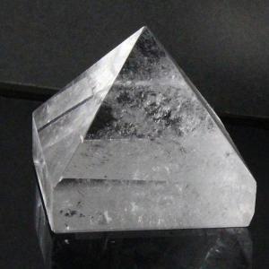 水晶 ピラミッド ラフ 原石 Pyramid 鉱物 石 クラスター Quartz クリスタル 魔除け 置物 浄化 パワーストーン