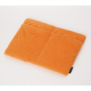 防寒 アルミの暖力 足ポケット付き低反発マット オレンジ あったか 冬|lunabeauty