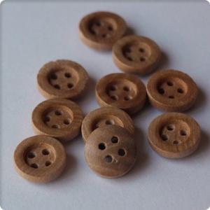 【手芸材料 素材】4つ穴ウッドボタン 10mm10個入りハンドメイド/DIY ボタン リメイク 材料 素材【ゆうパケット対応】