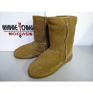 MINNETONKA Short Sheepskin Pug Boot 3571|m-bros