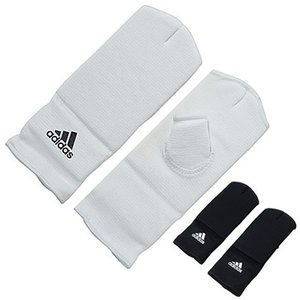 ■製品特徴  adidas 拳サポーター (左右セット)  日本向けに開発した新商品です。  手の甲...