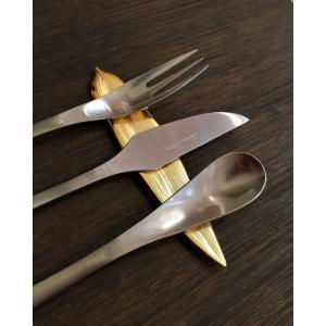 ステンレス製 カトラリーレスト 笹の葉  ゴールド|maaoyama
