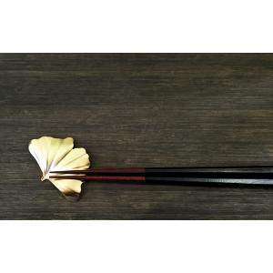 葉っぱの箸置き 銀杏 ゴールド 作用 葉枝置き|maaoyama