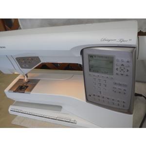 限定1台 ミシン ハスクバーナバイキング デザイナー トパーズ30 高級コンピューター刺繍ミシン 刺繍機・フットコントローラー付き|machimishi