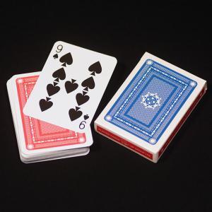 デックの間に入れたカードが1番上に上がってくる!あの「アンビシャスカード」が誰でもすぐにできます。