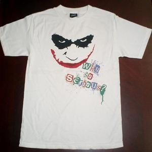 バットマンダークナイトで登場のジョーカーは今でも大人気。掲載品は、劇中で、Why so seriou...