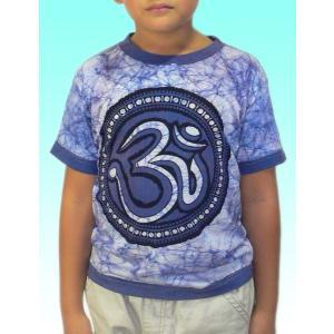 (120サイズ) 子供用インドのTシャツ・オームのバティック FU-KD-TS2|mahanadi