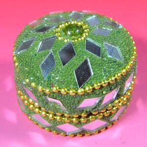 インドの彩色アルミ小物入れ 深緑 (小) (アウトレット)|mahanadi